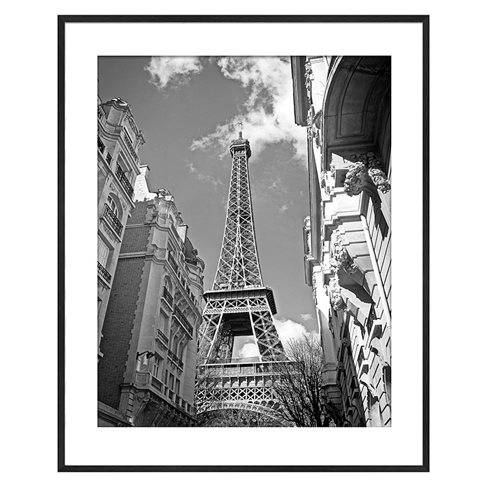 Accent Line image Eiffel tower