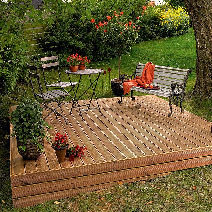 Planche de terrasse en bois de pin thermoplaqué